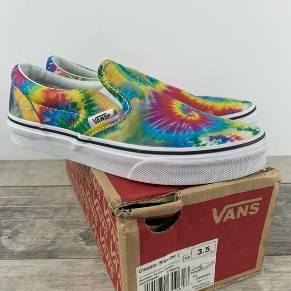 Vans Shoes   Nib Vans Classic Slip On